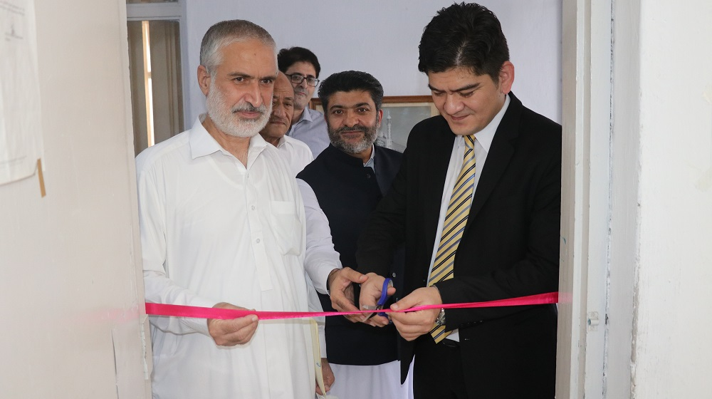 Lt. Col. Sadulla Tashmatov, the Head of Mission of the Republic of Uzbekistan inaugurates ALISHER NAVOI Research Corner at Area Study Center, University of Peshawar